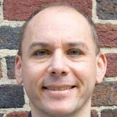 Neuroscience PhD alum Adeen Flinker wins early career award