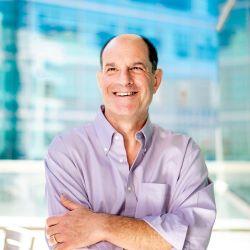 Berkeley alum David Julius shares Nobel Prize for work on pain receptors